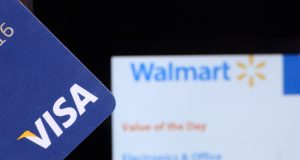 Walmart and Visa Clashes Over Retail Fees in Canada